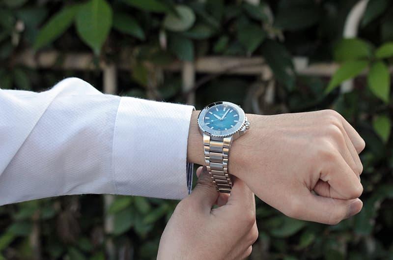 オリス アクイス ダイバーズウォッチは、結納返しにも人気の腕時計。