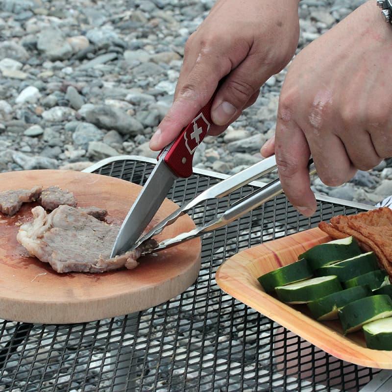 キャンプ アウトドアに1本持っておけば便利なナイフ