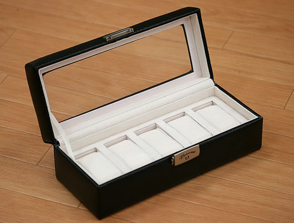 本皮仕様のデラックス時計ボックス