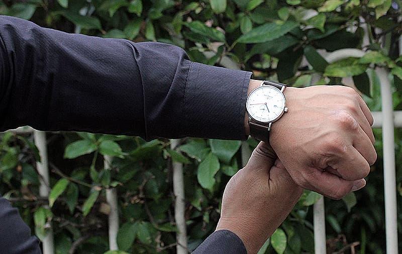 男性へプレゼントにおすすめの腕時計。