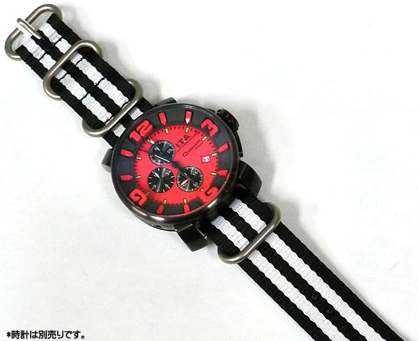 着用している時計は、イタリアブランド「I・T・A(アイティーエー)」です