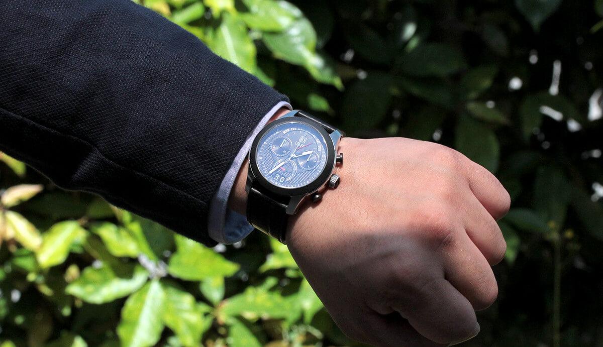 cover コヴァー ELEVEN(イレブン) 限定腕時計試着イメージ