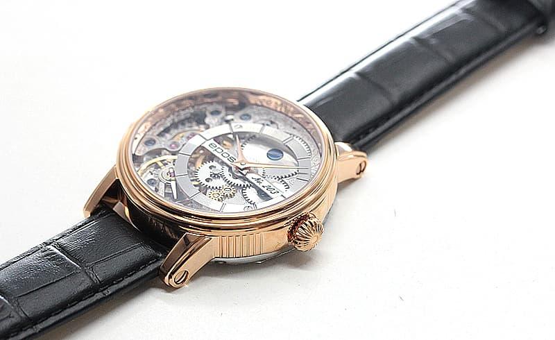 1983年から続く、機械式時計のみを製作し続けるスイスブランドのエポス(epos)腕時計。