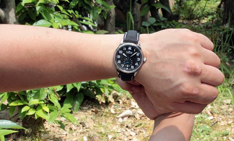 結納返しにも人気の腕時計です。