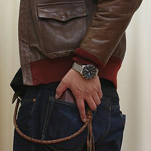 革ジャンにも似合う腕時計
