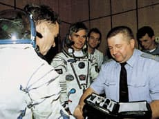 宇宙ステーション以外でも使用された世界初の自動巻クロノグラフ