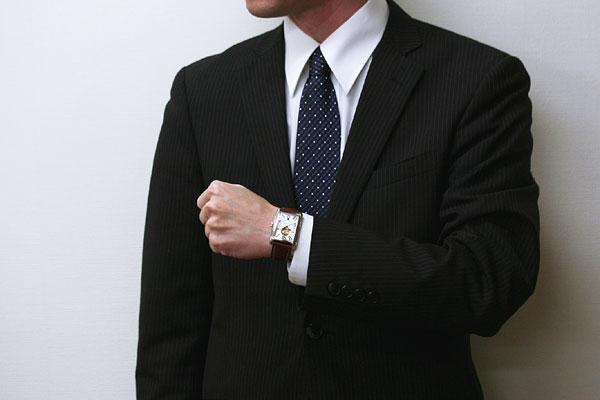 スーツにも似合うフレデリックコンスタント