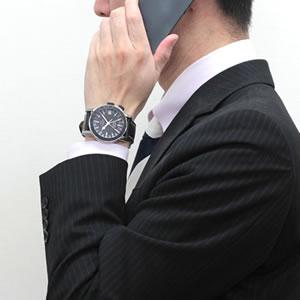 個性あるデザインが、時計の存在感を感じさせる