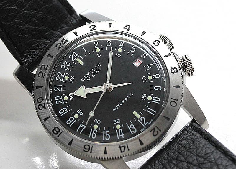 24時間表示の腕時計 グリシン
