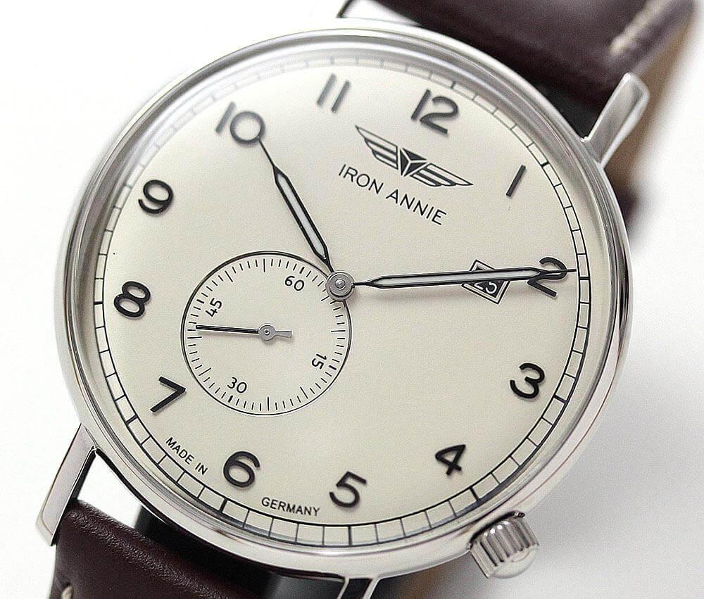 昔懐かしいようなレトロなデザインが印象的な、アイアンアニー腕時計 アマゾナス シリーズ。