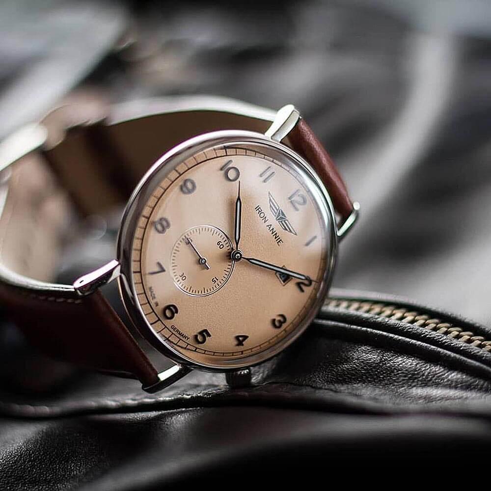 手巻き式時計 ドイツ ブランド