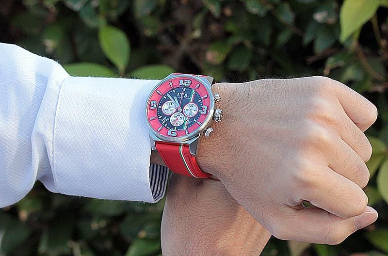 アイティーエー腕時計 スーツにも似合う腕時計
