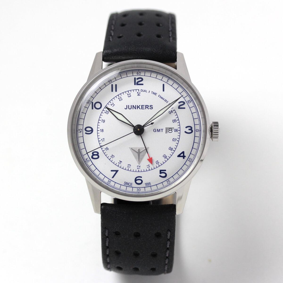 ユンカース腕時計 試着イメージ モデルの腕周りは16cmです