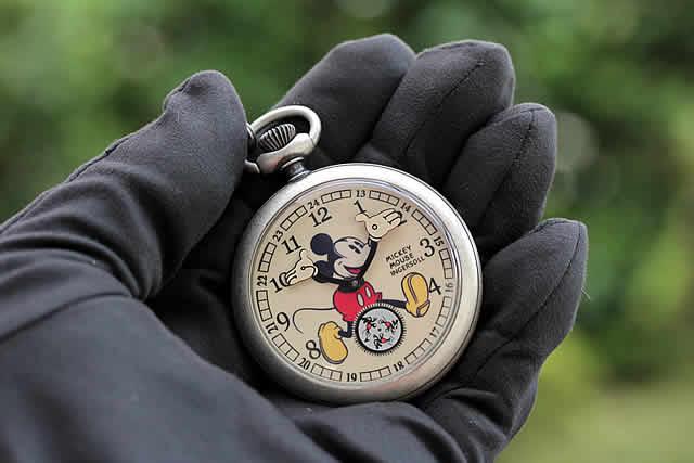 インガソールディズニー ミッキーマウス懐中時計 ZR25834
