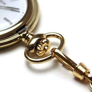 懐中時計のリューズ部分 チェーン付き