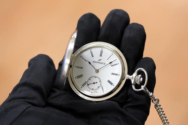 アエロ ハンターケース懐中時計