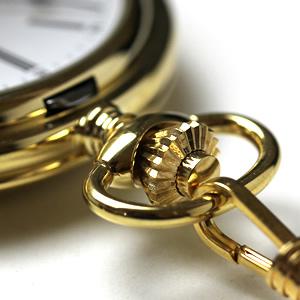 懐中時計のリューズ ゴールドカラー