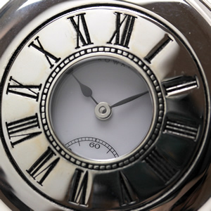 アエロ 懐中時計 55700ag02 蓋を閉じたイメージ