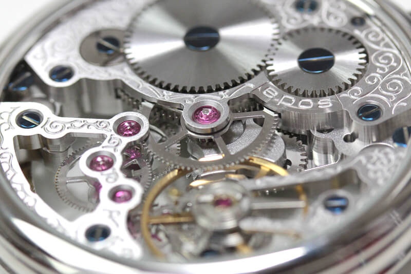 エポス フルスケルトン懐中時計 2003abk スケルトン部分アップ