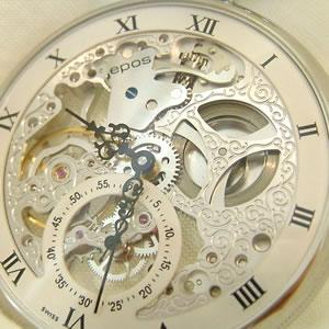 記念品にも人気の高い懐中時計