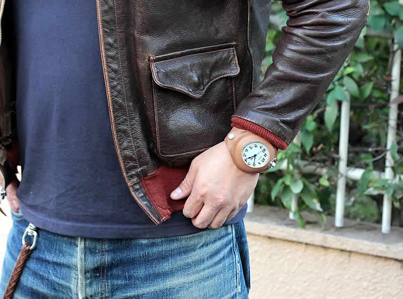 ジーンズにに合う腕時計