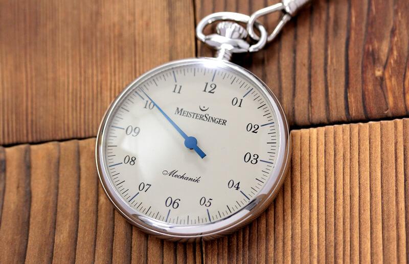 手巻き 一本針が特徴的な マイスタージンガー(meister singer)時計 tm2010b