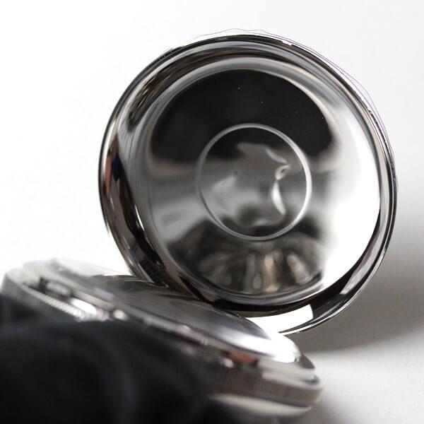 イギリスブランド rapport(ラポート) 懐中時計 pw97 蓋を閉じた状態のアップ