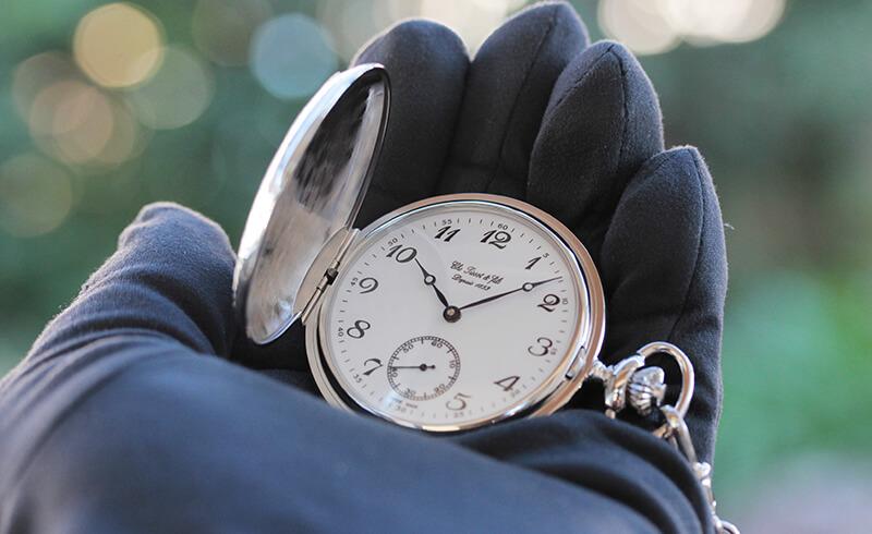 銀無垢の懐中時計