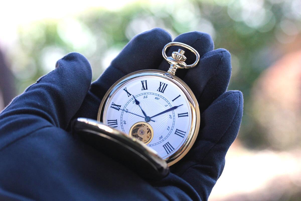 ROYAL LONDON(ロイヤルロンドン) 手巻きスケルトン懐中時計 90051-02 本体裏側