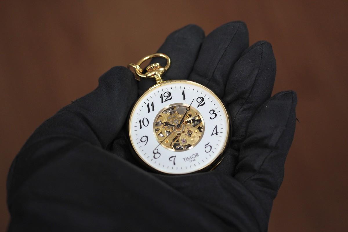 気軽に身につけられるリーズナブルなスケルトン懐中時計 tp103ja02