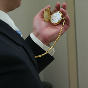 スーツに似合う懐中時計