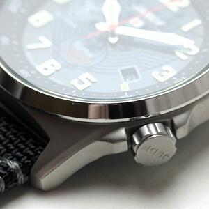 ケンテックス腕時計 リューズ