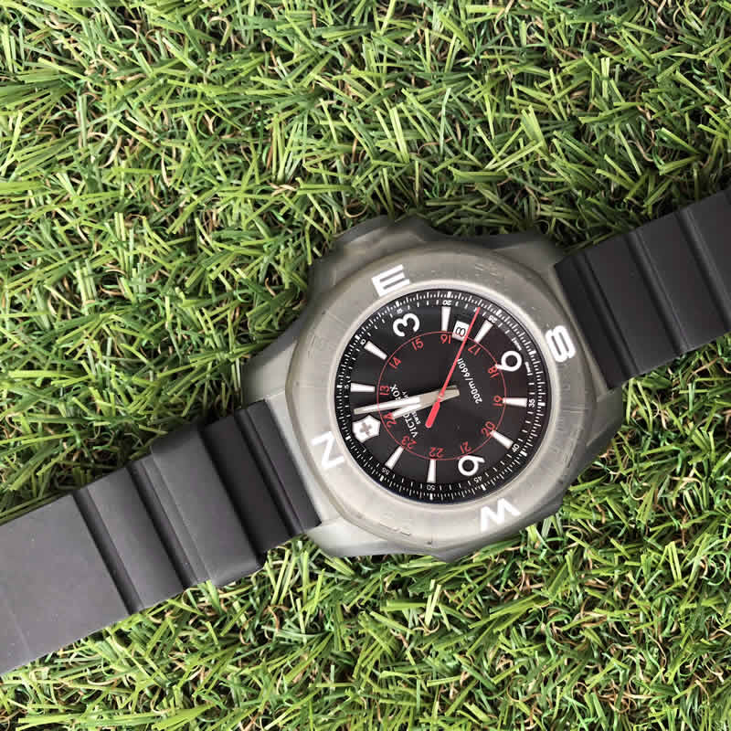 VICTORINOX スイスブランド 腕時計