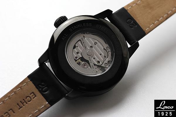 ラコの腕時計 裏蓋スケルトン