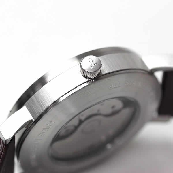 ラコ腕時計 側面