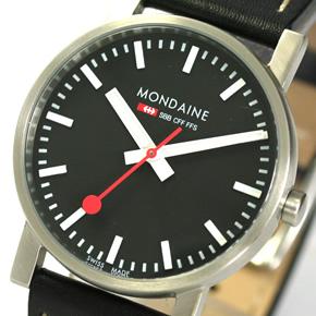 モンディーンの定番の文字盤デザイン。赤い秒針がポイント。