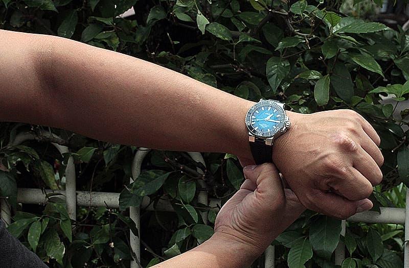 結納返しにもおすすめの腕時計 ラバーベルト