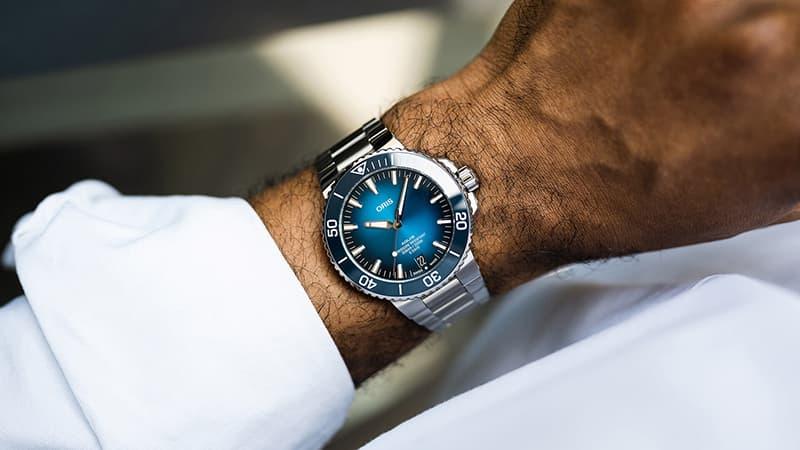 オーシャンブルー腕時計