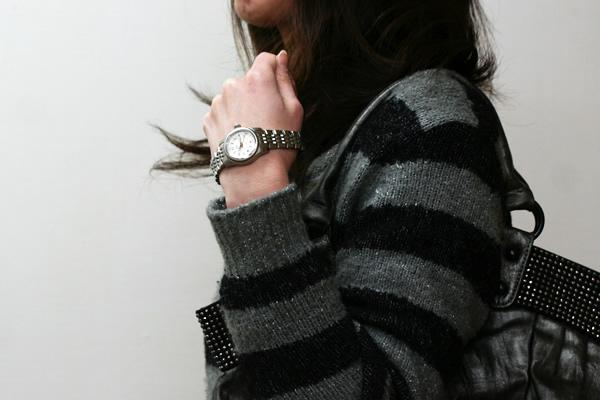 オリス 腕時計 正美堂女性スタッフ着用