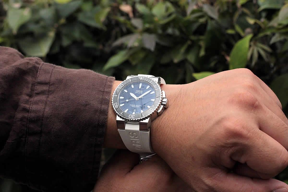 結納返しの贈り物にも最適な腕時計