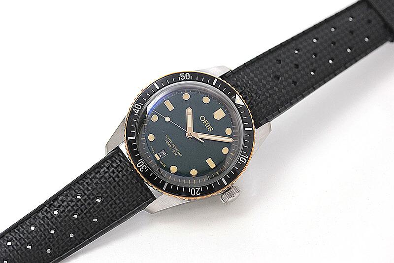 オリス(Oris)ダイバーズ65(Divers Sixty-Five)733.7707.4357 グリーンダイヤル×ラバーベルト 腕時計
