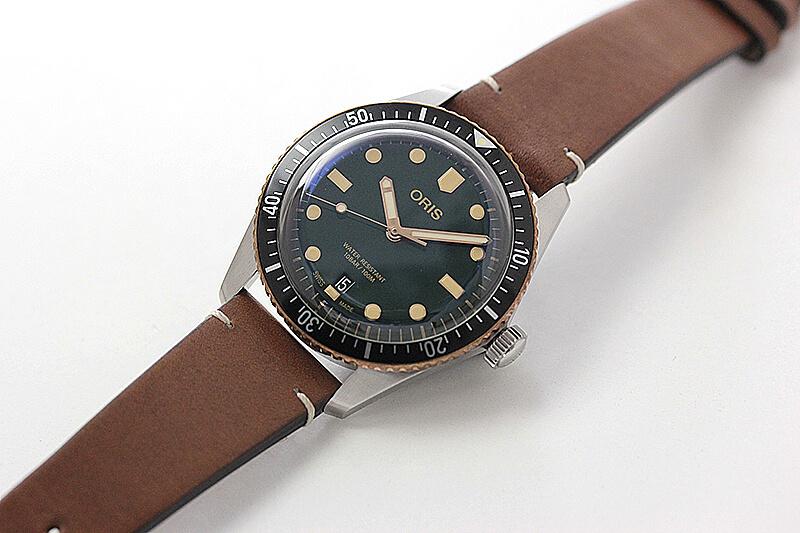 オリス(Oris)ダイバーズ65(Divers Sixty-Five)733.7707.4357 グリーンダイヤル×レザー 腕時計