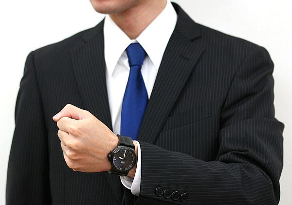 オリス スーツにも似合う腕時計