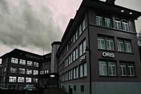 オリス 工場