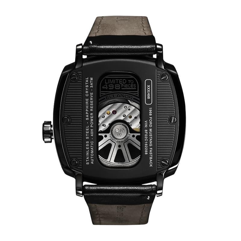 裏蓋スケルトン自動巻き腕時計