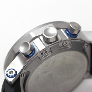 6s30-6205213 ケースの厚さは17.5mm