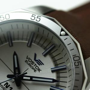VOSTOK EUROPE ボストークヨーロッパ ロシア時計 サファイアクリスタル