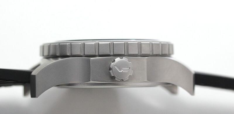 VOSTOK EUROPE(ボストーク ヨーロッパ) 腕時計 分厚いケース