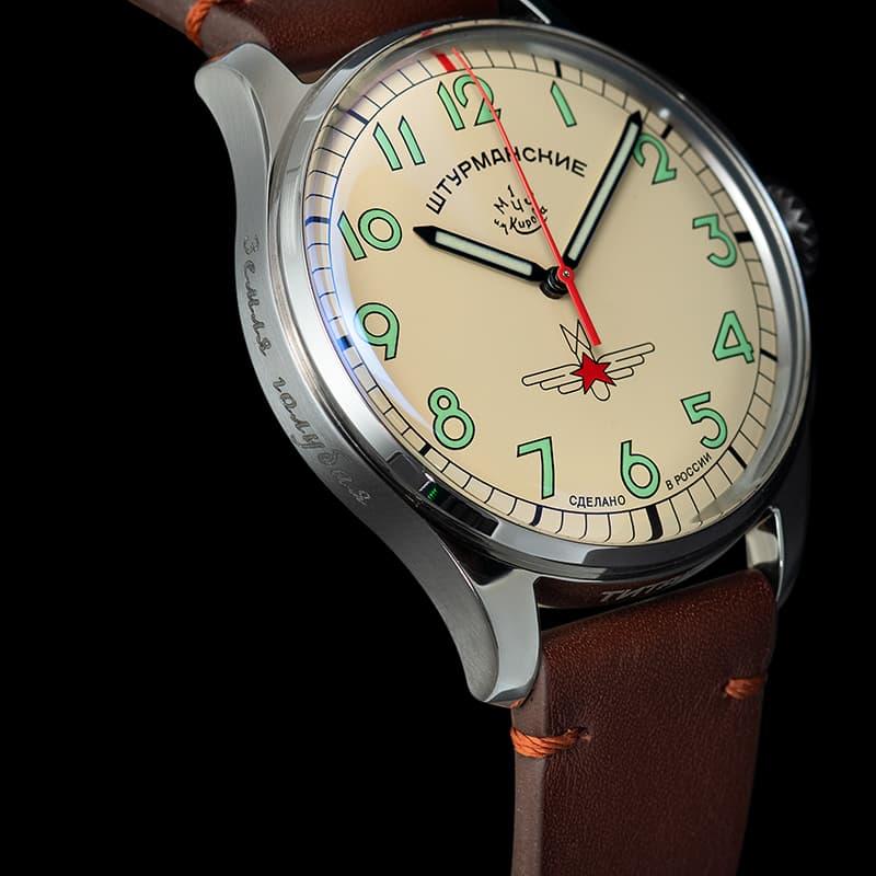 「地球は青かった」という名言を残した、人類史上初の宇宙飛行を成功したガガーリン。60周年を記念した日本限定100本、腕時計第2弾チタンモデル。