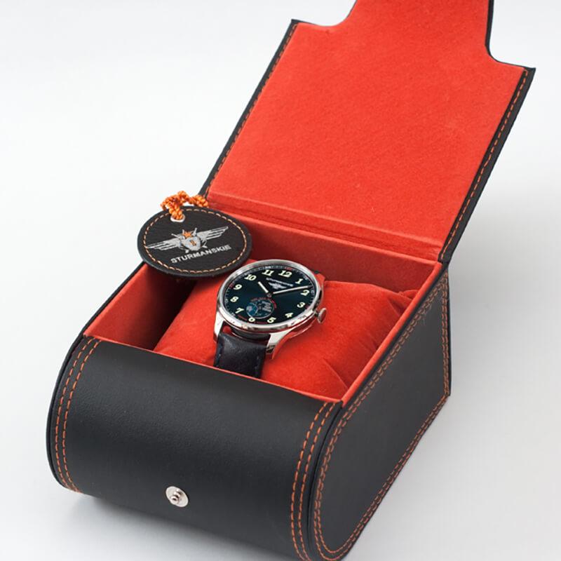 シュトゥルマンスキー腕時計 クォーツ ロシア ウォッチ